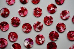 Cherry bomb 15mm shirting buttons